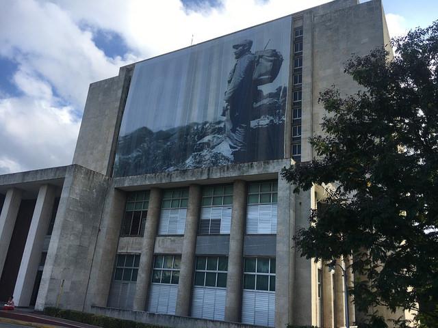 Gigantografia de Fidel Castro en la Biblioteca Nacional durante los funerales tras su muerte. Diciembre de 2016. / Autor: Michael Wood