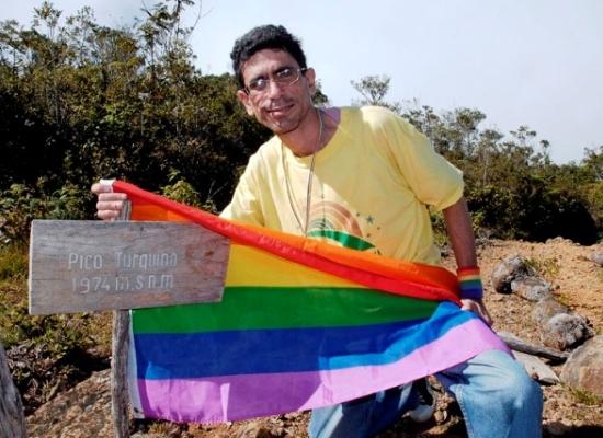 Francisco Rodríguez Cruz, periodista, bloguero y activista LGBT.